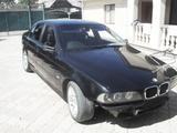 BMW 5..................